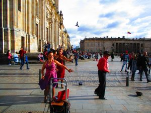 Tour histórico cultural centro de Bogotá Barrio La Candelaria